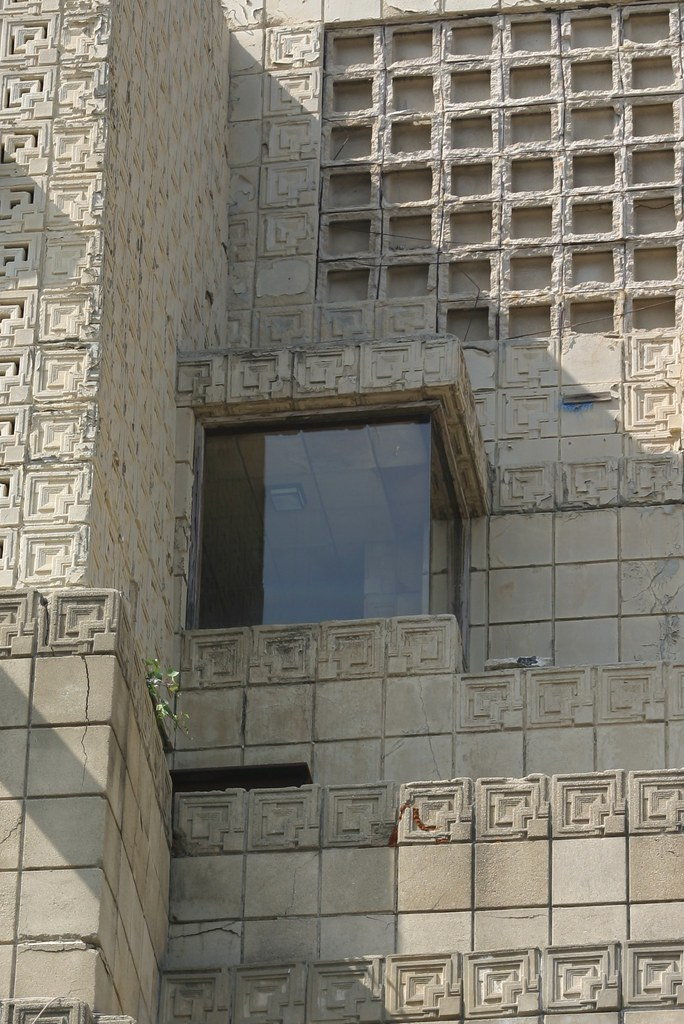 Frank Lloyd Wright S Ennis House The Ennis House Is The