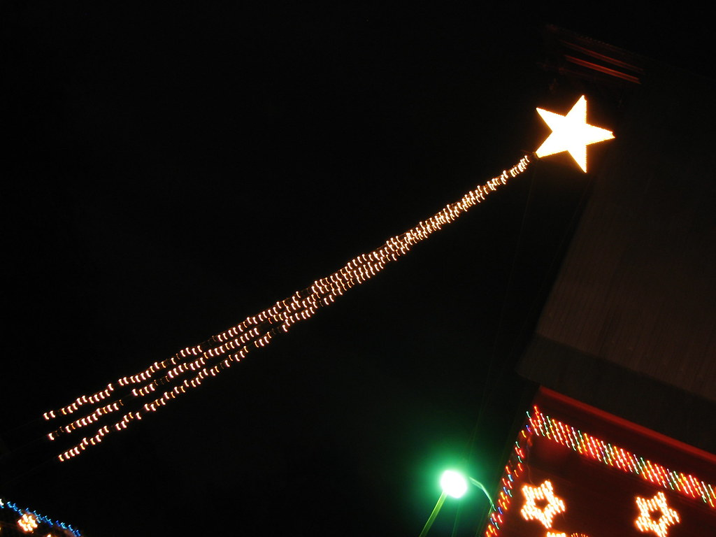 shooting star christmas lights by rachael911mom shooting star christmas lights by rachael911mom