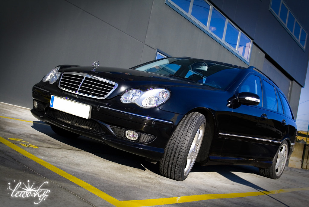 mercedes benz c30 amg cdi all rights reserved view on. Black Bedroom Furniture Sets. Home Design Ideas