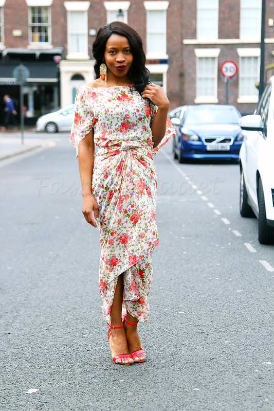 floral-chiffon-iro-and-buba-red-strappy-heels