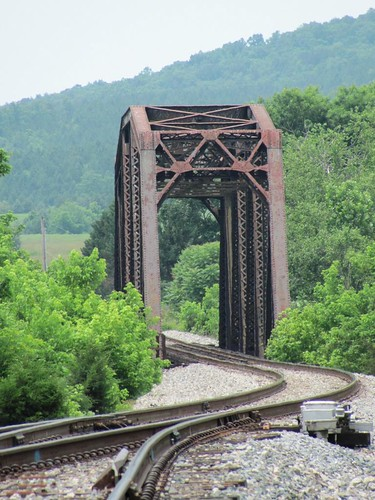 Railroad Bridge, Norwood | by Universal Pops (David)