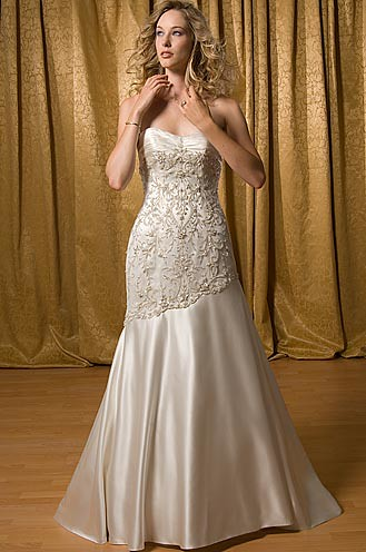 ... 5238Flrg   Alfred Sung Wedding Dresses / Alfred Sung Wedding Gowns | By  Silvia3773