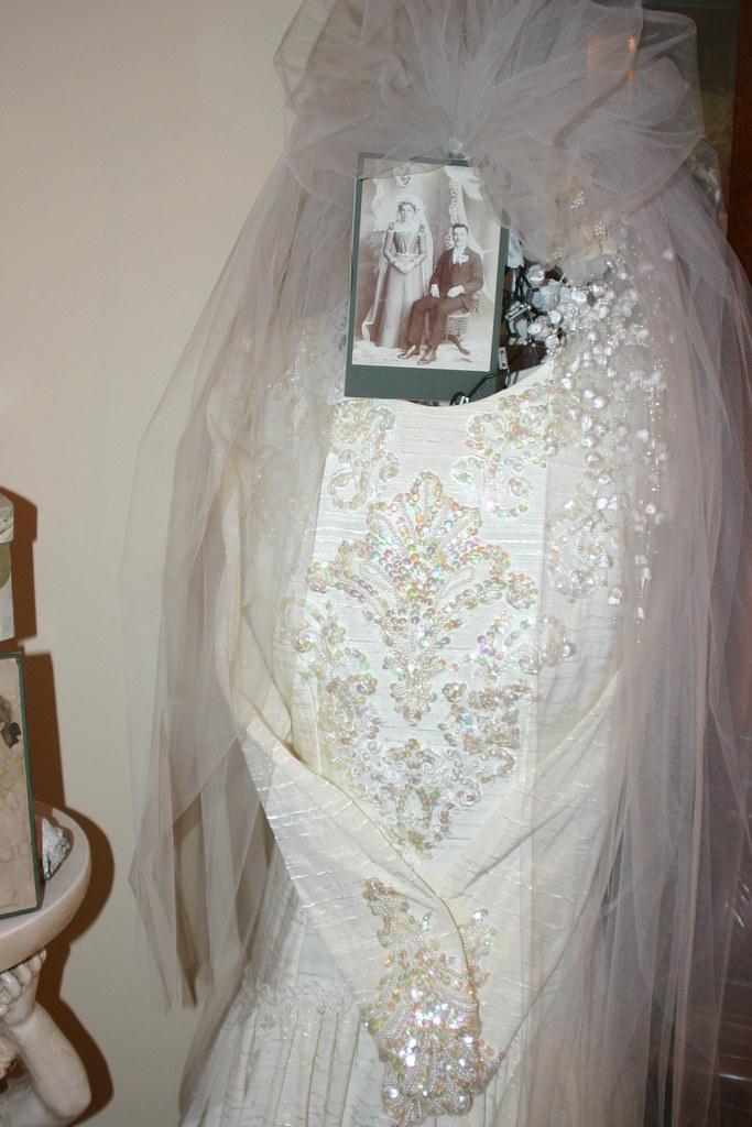 Vintage Bride Dress Amp Veil