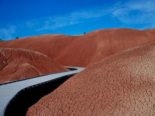 Painted Hills | by mnt_goat_76