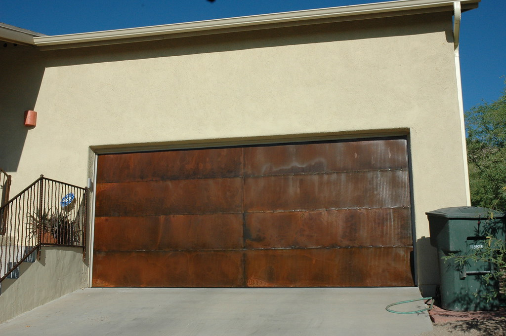 ... 20080529 New Rusted Garage Door | By Lasertrimman