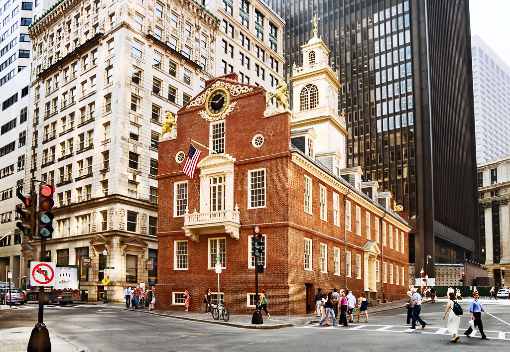 Old state house 1713 206 washington street boston mas for Building a house in ma