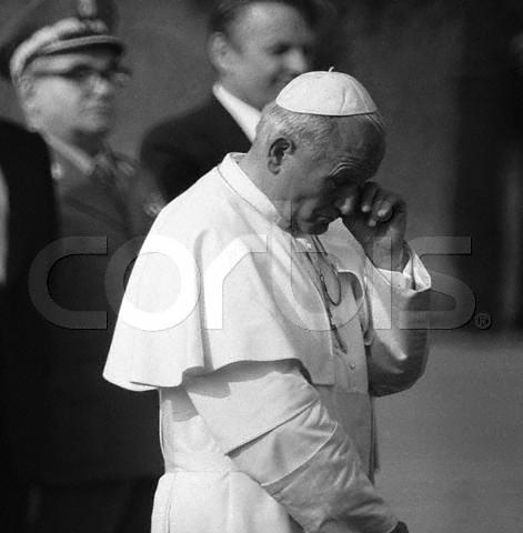 Pope John Paul II Crying During a Speech   10 Jun 1979 ...
