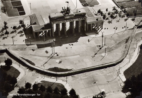 Brandenburger Tor and the Berlin Wall Postcard | by jimmerbond