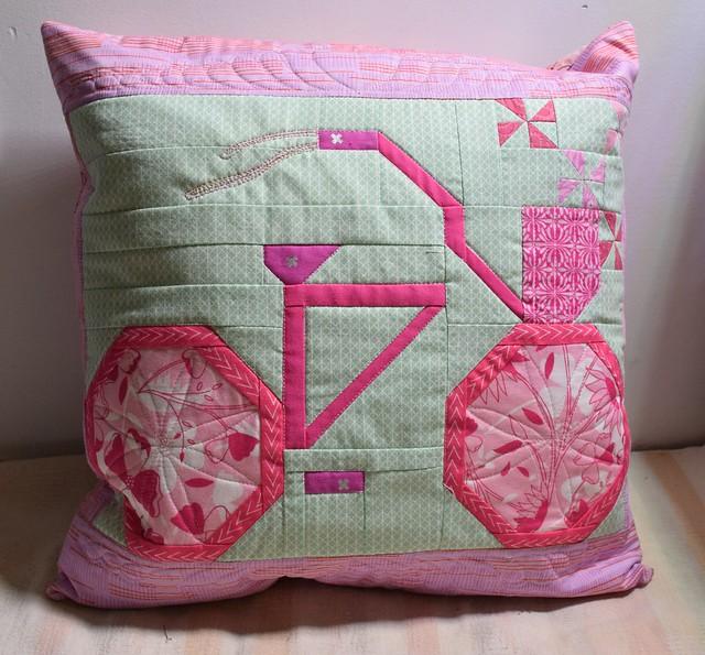 pinkwap2017 bike pillow