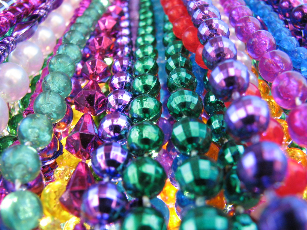 partyspot green beads carnival bead plastic shop