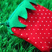 strawberry pouch