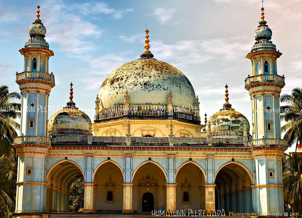Aga Khan I Shah Hasanali Shah S Maqbara Hasanabad Mazgao
