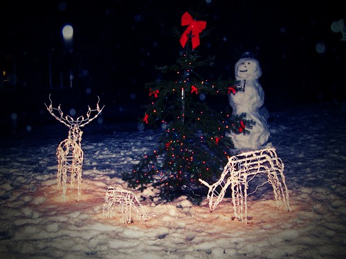 Snowman, Tree, Deer | by MechDrafter