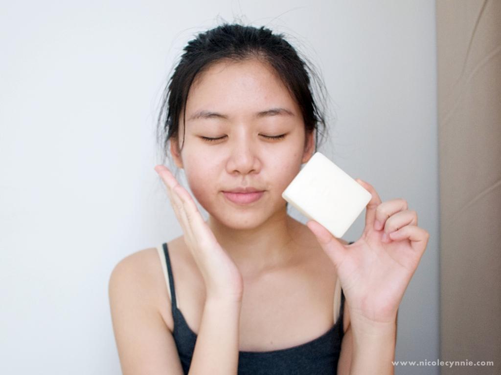 Nicole Cynnie   Dr.Douxi Yolk Replenishing Eggshell Soap 4