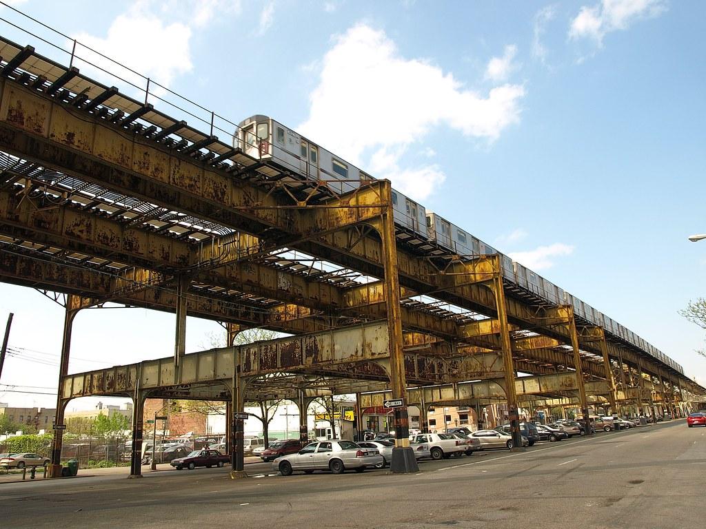 Elevated Subway Tracks Williamsbridge Bronx New York Ci