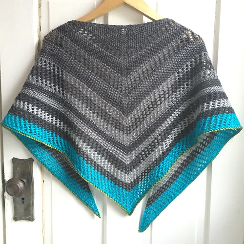 Reyna shawl knit by Poppyprint