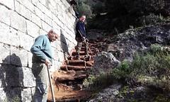 Construction des marches de l'escalier duPonti di Marionu