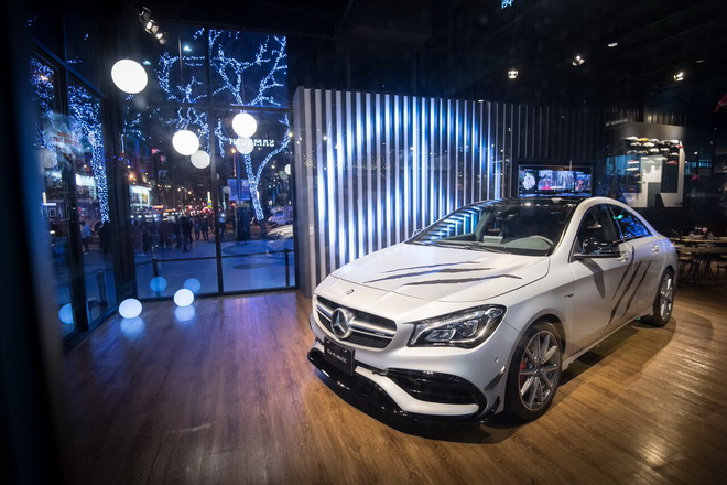 #MercedesBenzPopUpTaipei 品牌概念館同步展出野性轎跑 Mercedes-AMG CLA 45 ,完美演繹《羅根》狂野魅力。