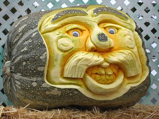 Green pumpkin face | by pr0digie
