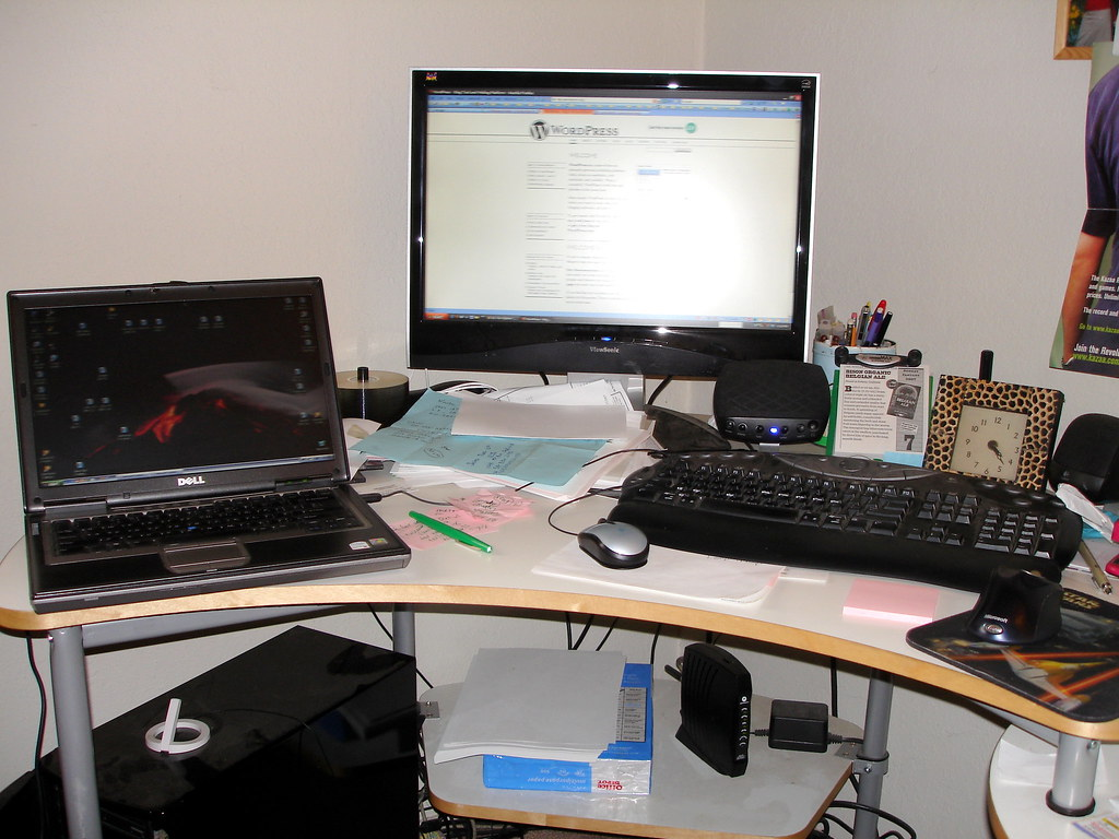 Multi-Tasking 2.0 | My desk needs to be cleaned if I am ...