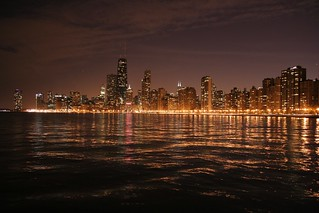Chicago Lakeview by night | by ThijsFr