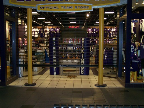 Minnesota Vikings Locker Room Store Heidi Flickr