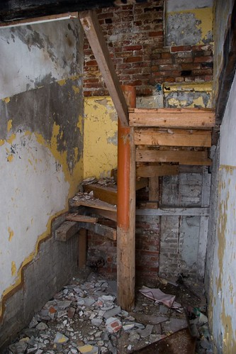 Broken Stairs | Ruins of the old building. | Mika Hiltunen ...