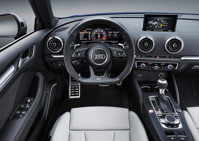 Audi RS3 Sportback 2018 3