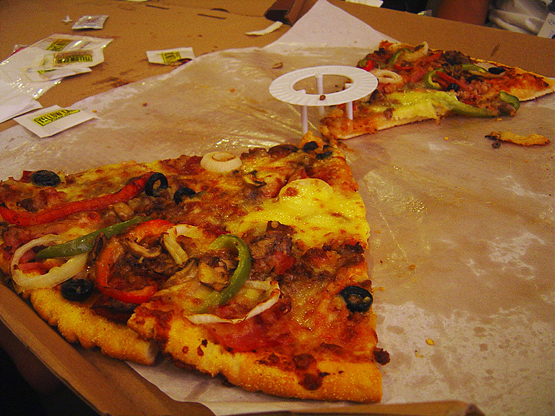 Pizza盒。防油紙。Helga Weber(CC BY-ND 2.0)