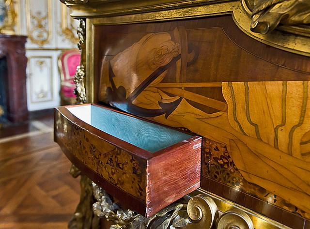 Le bureau de louis xv 6 11 ce meuble est probablement leu2026 flickr