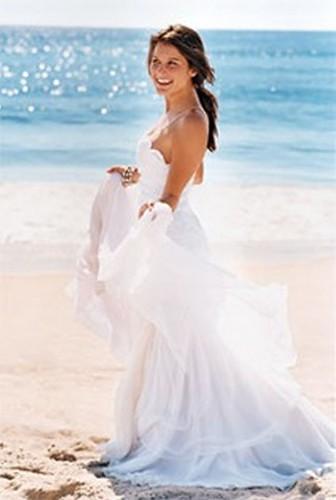 Flowing Dresses For Beach Weddings