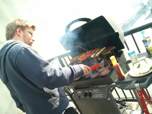 Boris grills for Thu BBQ - Image750 | by roland