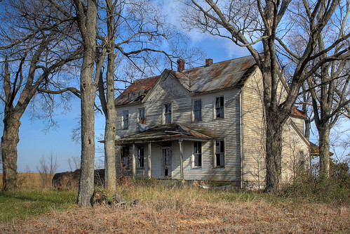 Crosstown Abandoned Home 2 | by Serrator