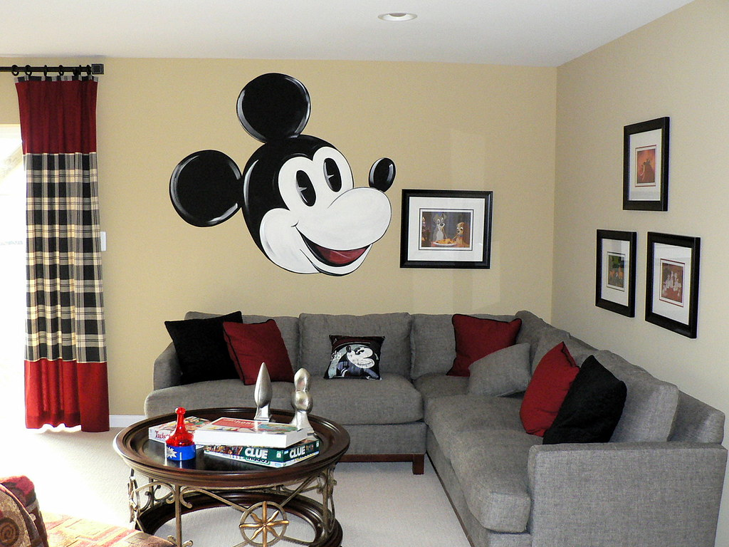 rooms to go living room mickey mouse on the wall mickey mouse smiling at ya 18111