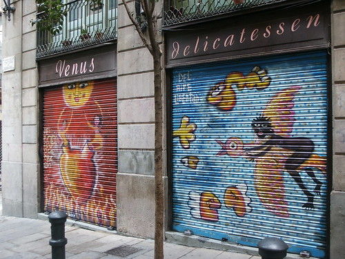 Colourful Barcelona graffiti | by cox-on-the-box - art, clay, cats, veg