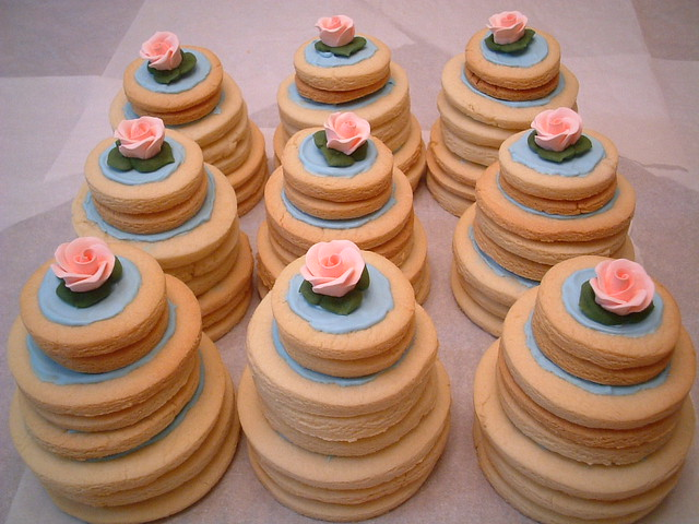 mini wedding cake cookies recipe mini wedding cake cookies bridal shower favors 17413