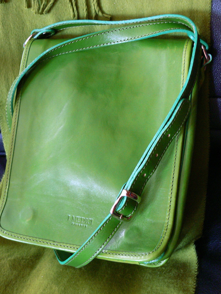 Lovely Green Italian Leather Bag | I absolutely love this ba… | Flickr