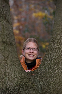 Deb in the crook of the tree | by denovich