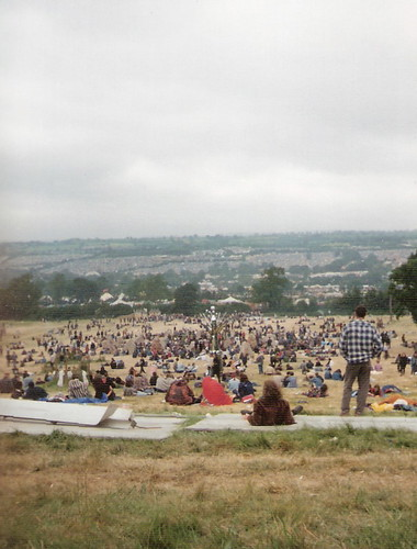 Glastonbury 1995  fence down, at top of site | by Noddy Guevara