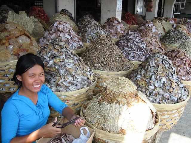 Girl Selling Dried Fish Cebu Philippines Www