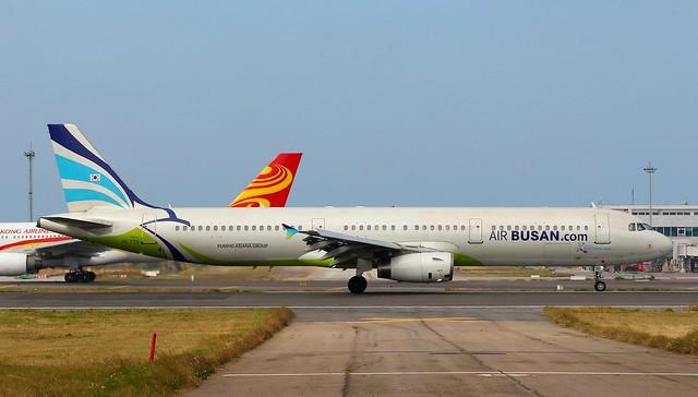 Air Busan A321-231 HL7711