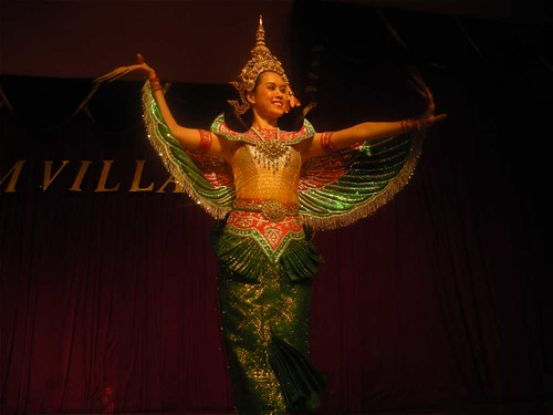 thai dancer2 | by lodegen