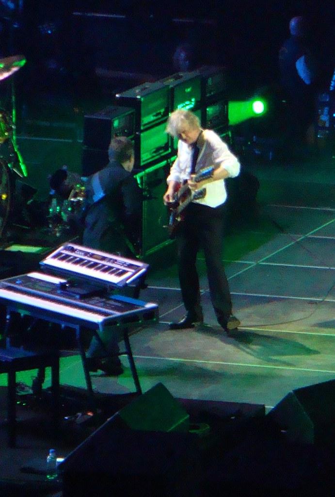 Jimmy Page & John Paul Jones | Led Zeppelin O2 Arena ...