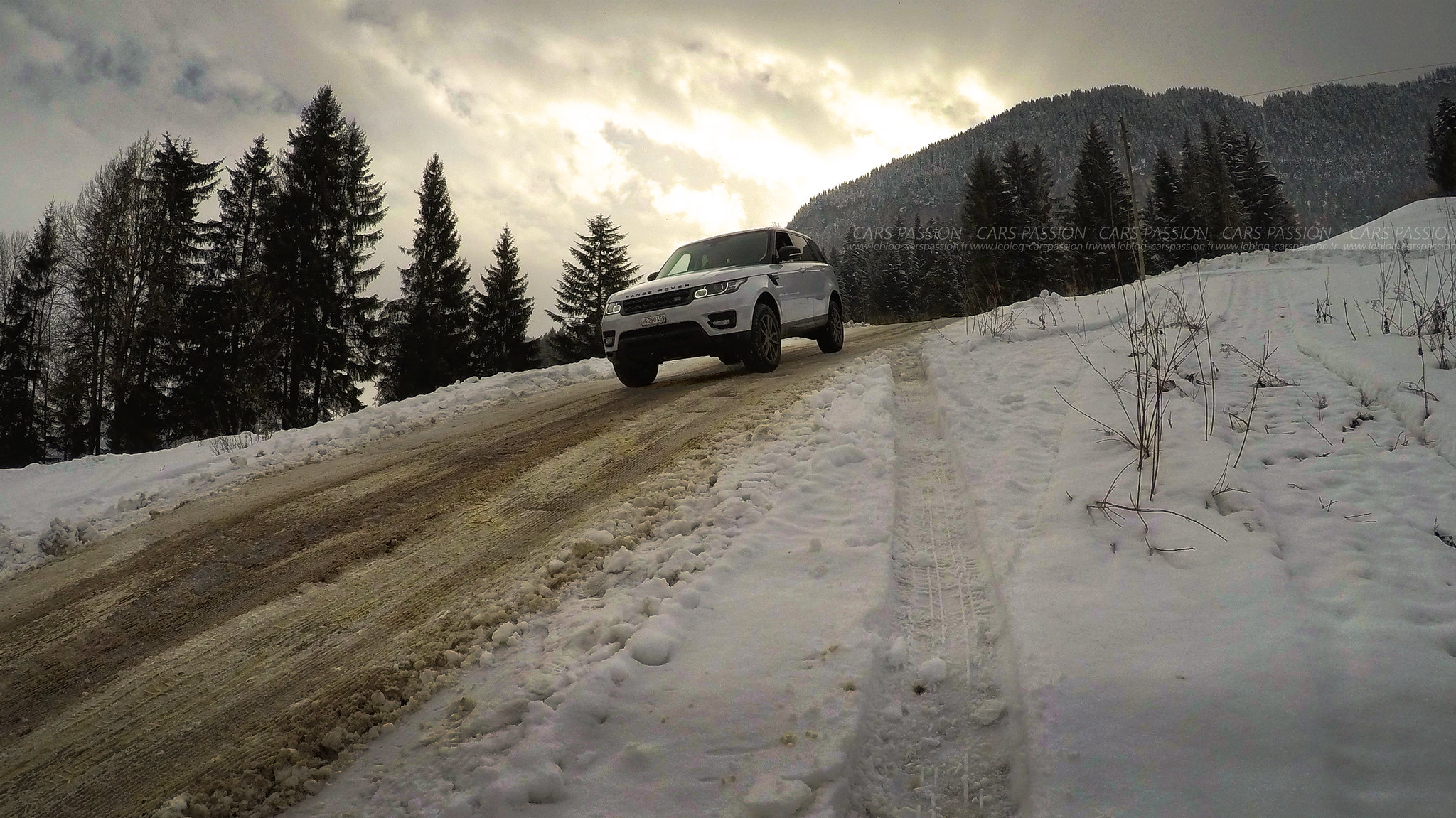 land-rover-ice-drivng-esperience-gstaad-(26)