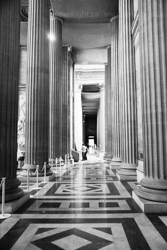 colonade a Pantheon | by the melody censor
