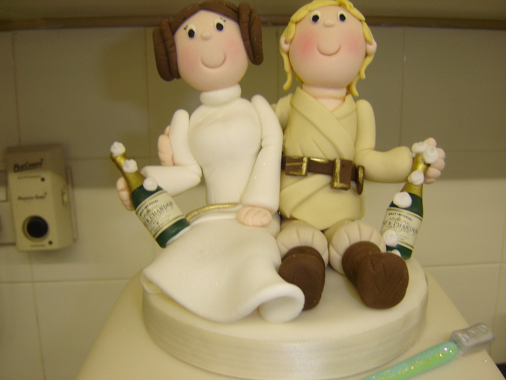 Star wars wedding cake topper thecakecompanywarrington flickr star wars wedding cake topper by helen brinksman junglespirit Images