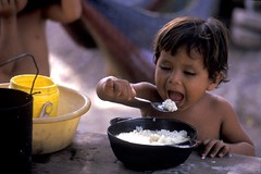 Honduras_111998_0005_WFP-Lou_Dematteis | by Peter Casier