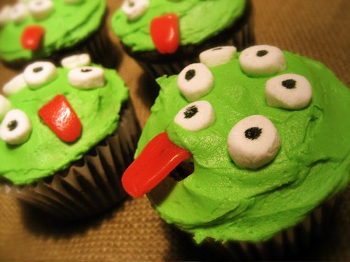 Decorated Halloween Cakes Pictures