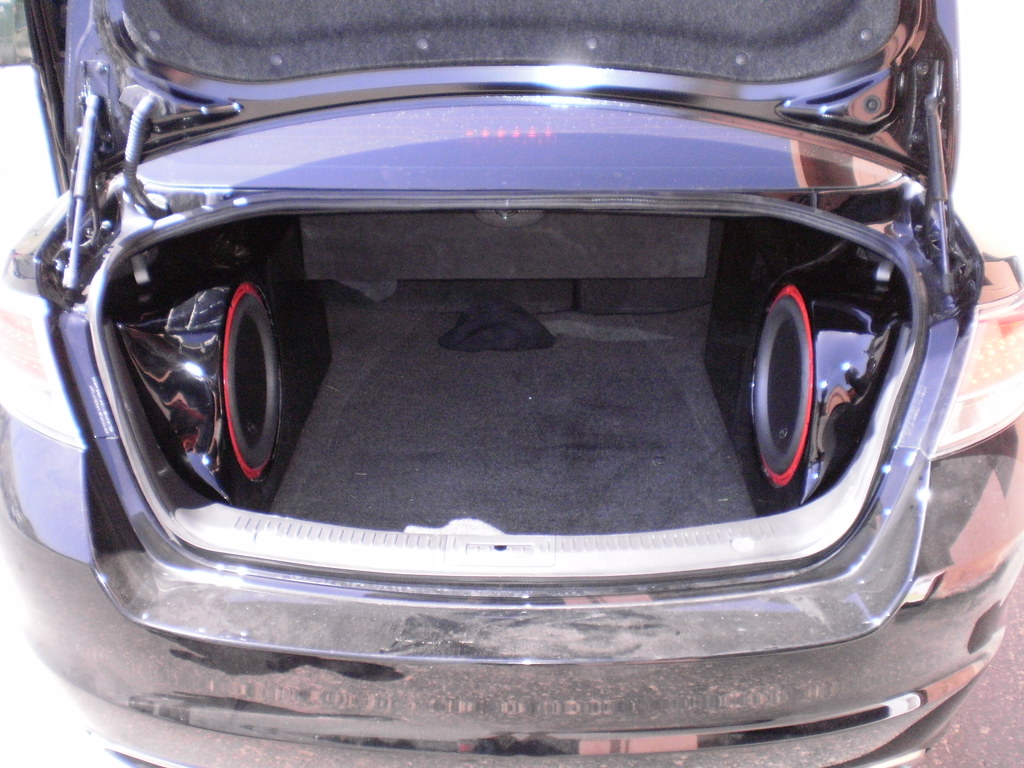 Watch in addition G as well 3533190763 as well Nissan Maxima On 22 as well 2008 Chevy Duramax. on custom car amp rack