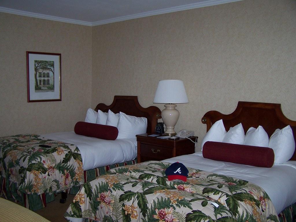 Hilton Riverside New Orleans Restaurants